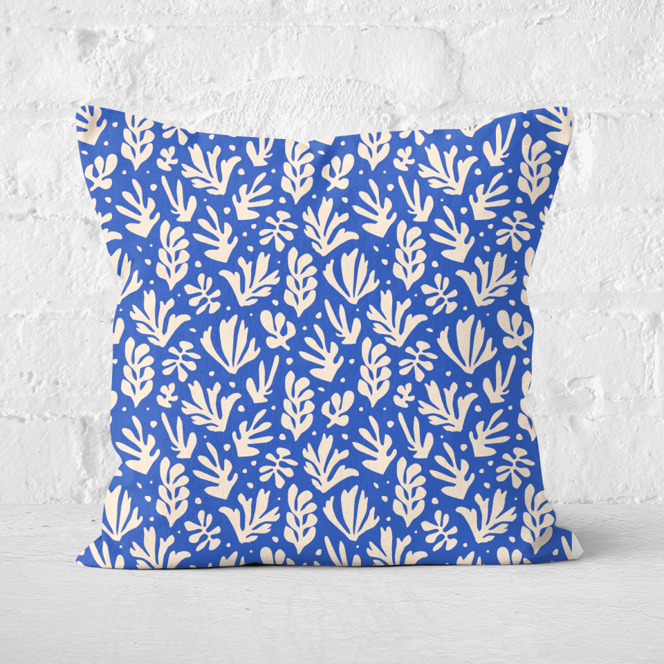 Pressed Flowers Cool Tone Leaves Square Cushion - 60x60cm - Soft Touch von CALM/ZEN/YOGA