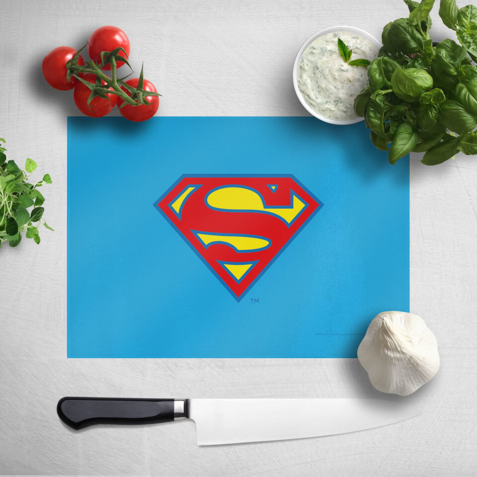 Supergirl Chopping Board von DC Comics