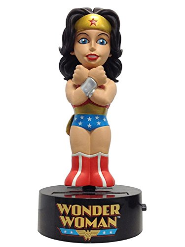 DC Comics Figur Beweglich Body Knocker Classic Wonder Woman 15 cm von DC Comics